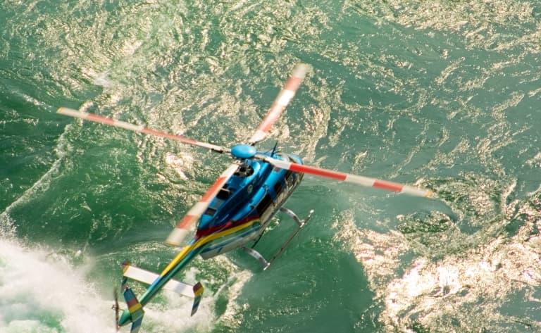 Survol des chutes du Niagara en hélicoptère