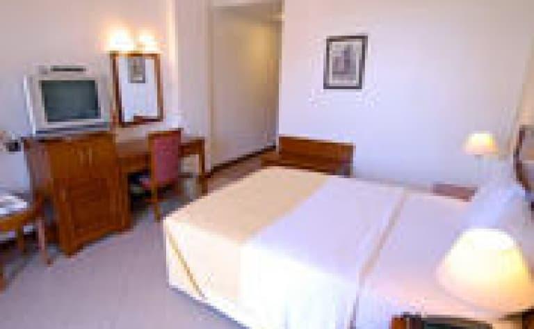 Hotel Dar es salaam