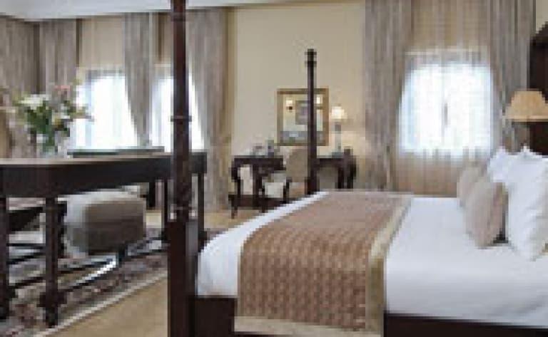 Hotel Mont Kenya