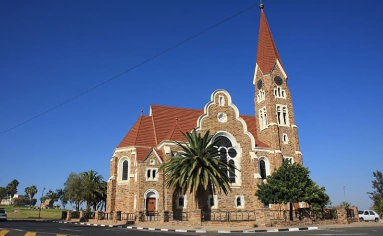 Début de l'aventure : direction la Namibie !